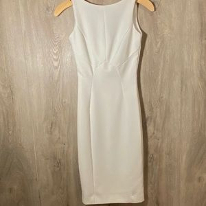 H&M white sheath Dress size 2 runs small